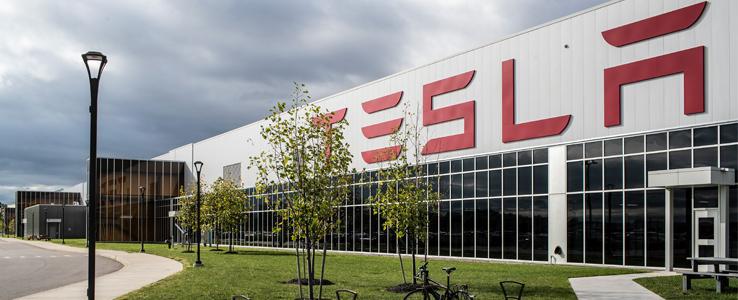 Miljöaktivister sätter stopp för Tesla i Tyskland
